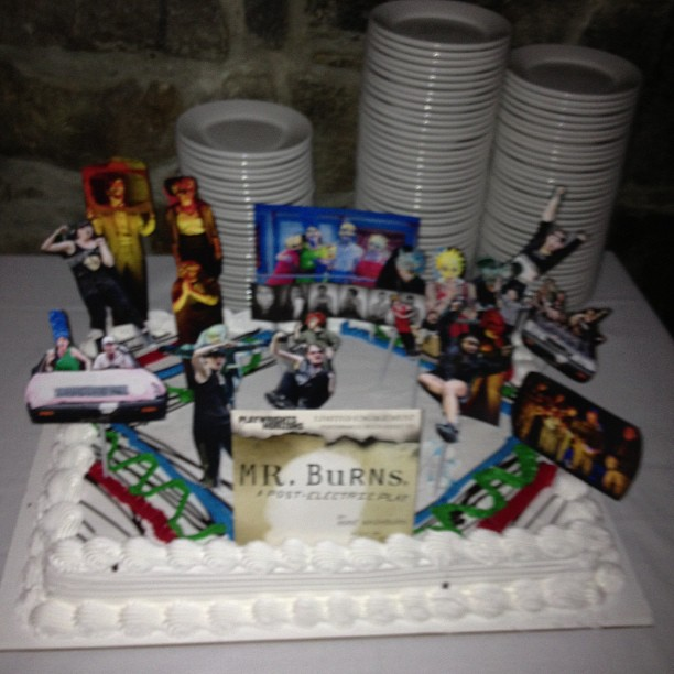 Opening night cake! Decorated by the incomparable Carol Fishman. #mrburnsplay